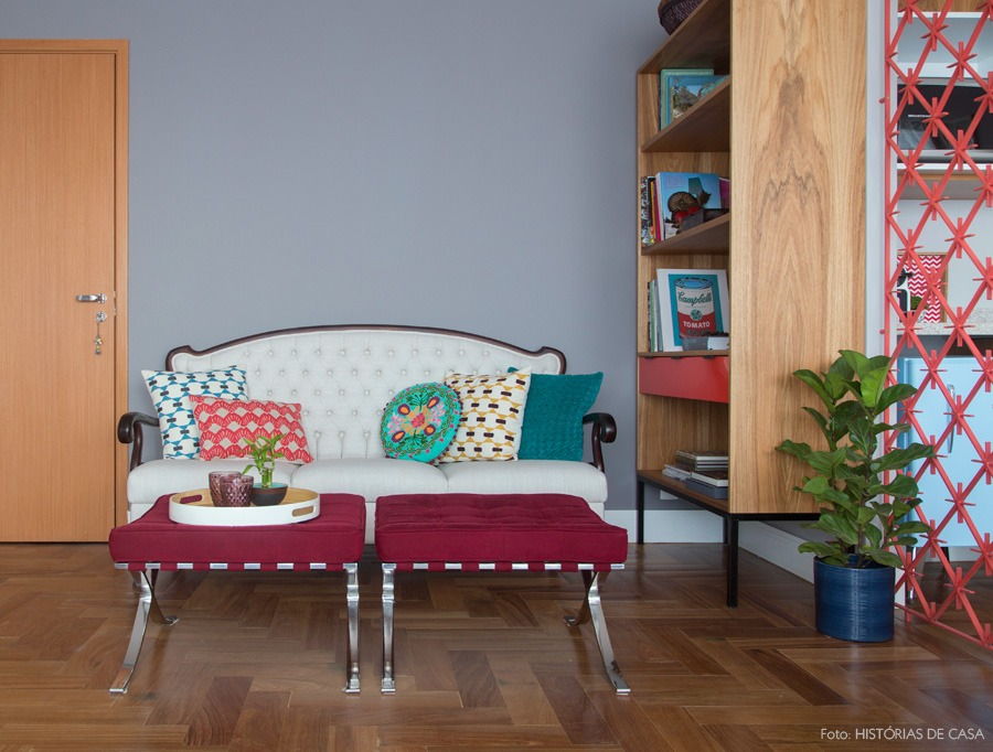 12-decoracao-sofa-vintage-almofada-colorida