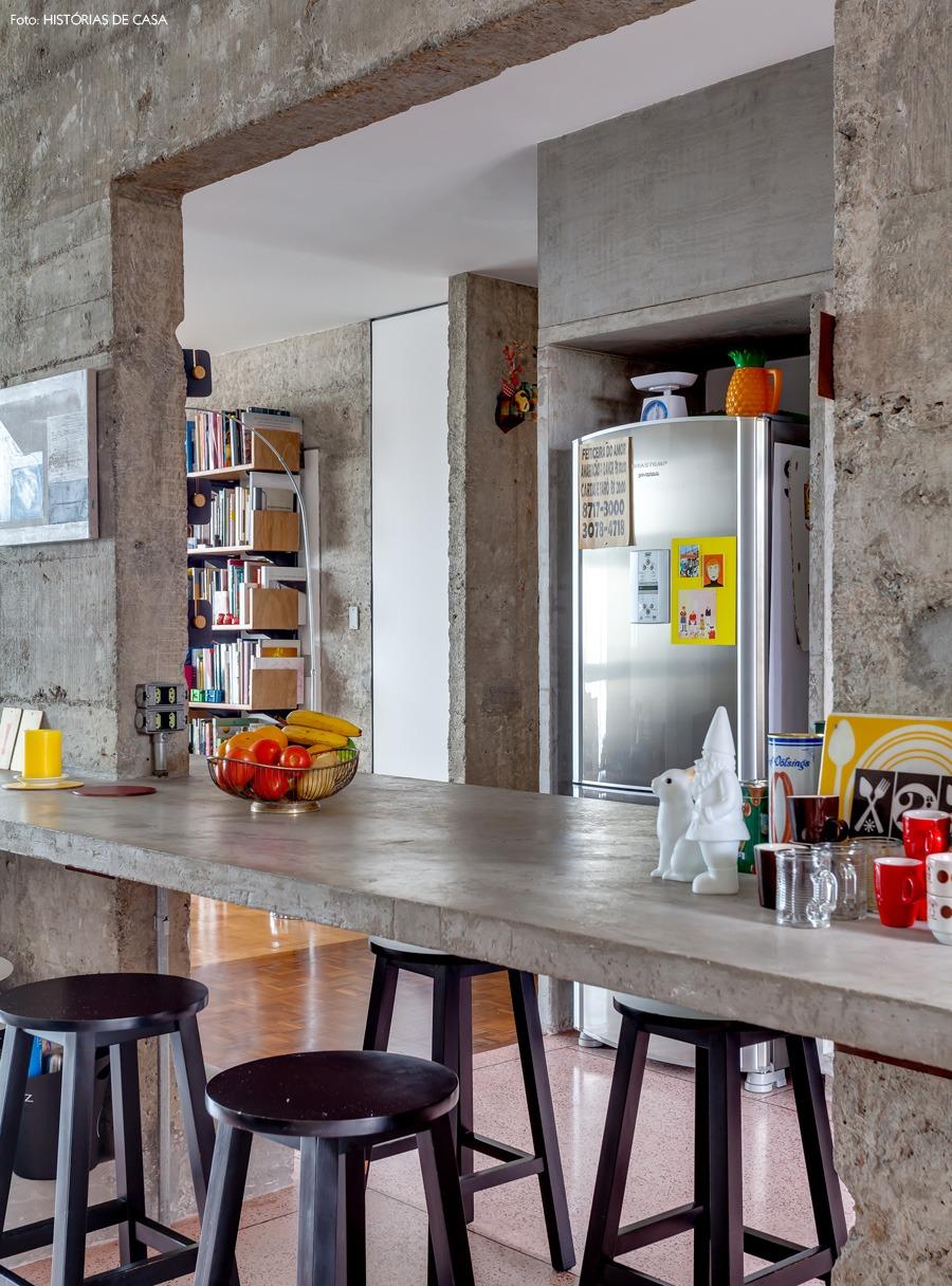 17-decoracao-copan-cozinha-bancada-concreto