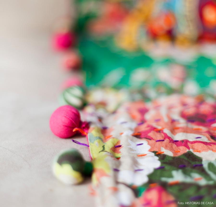 31-decoracao-detalhe-tecido-estampas-pompom