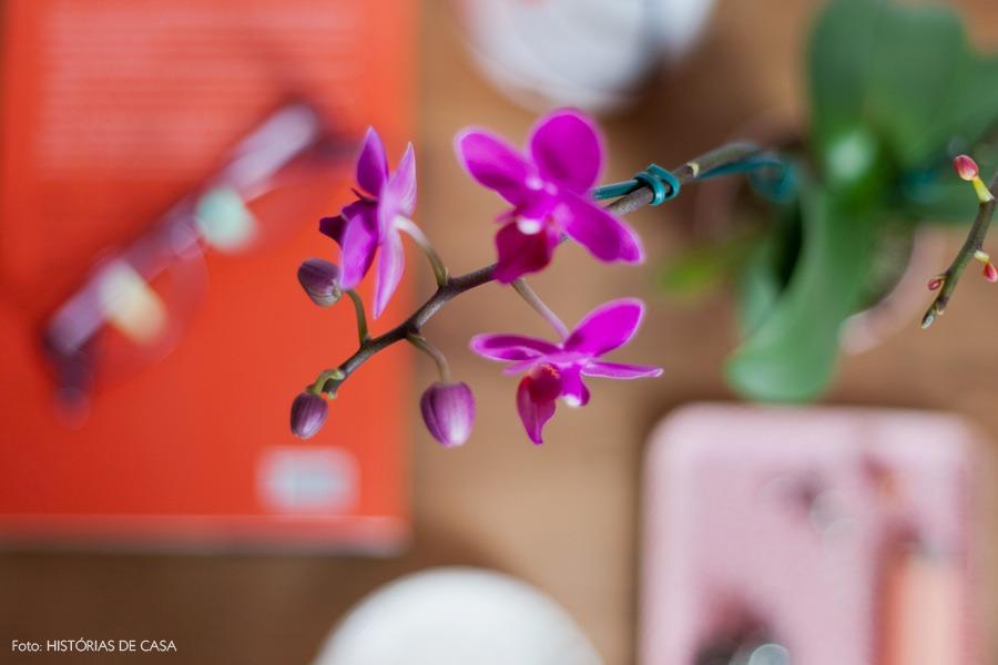 39-decoracao-quarto-criado-mudo-orquidea-flores