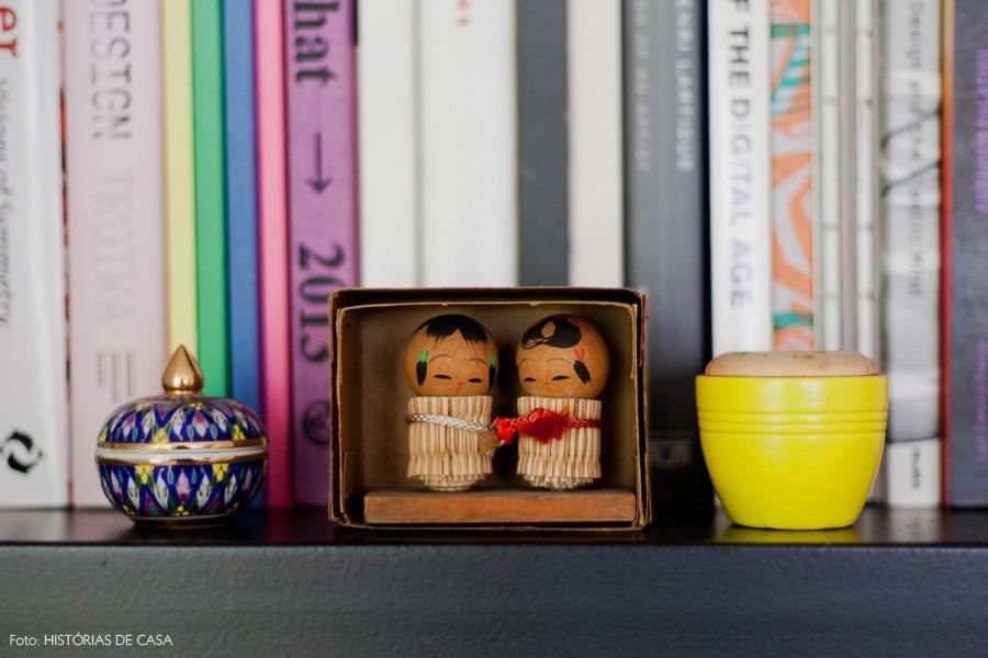 18-decoracao-sala-enfeite-estante-japones