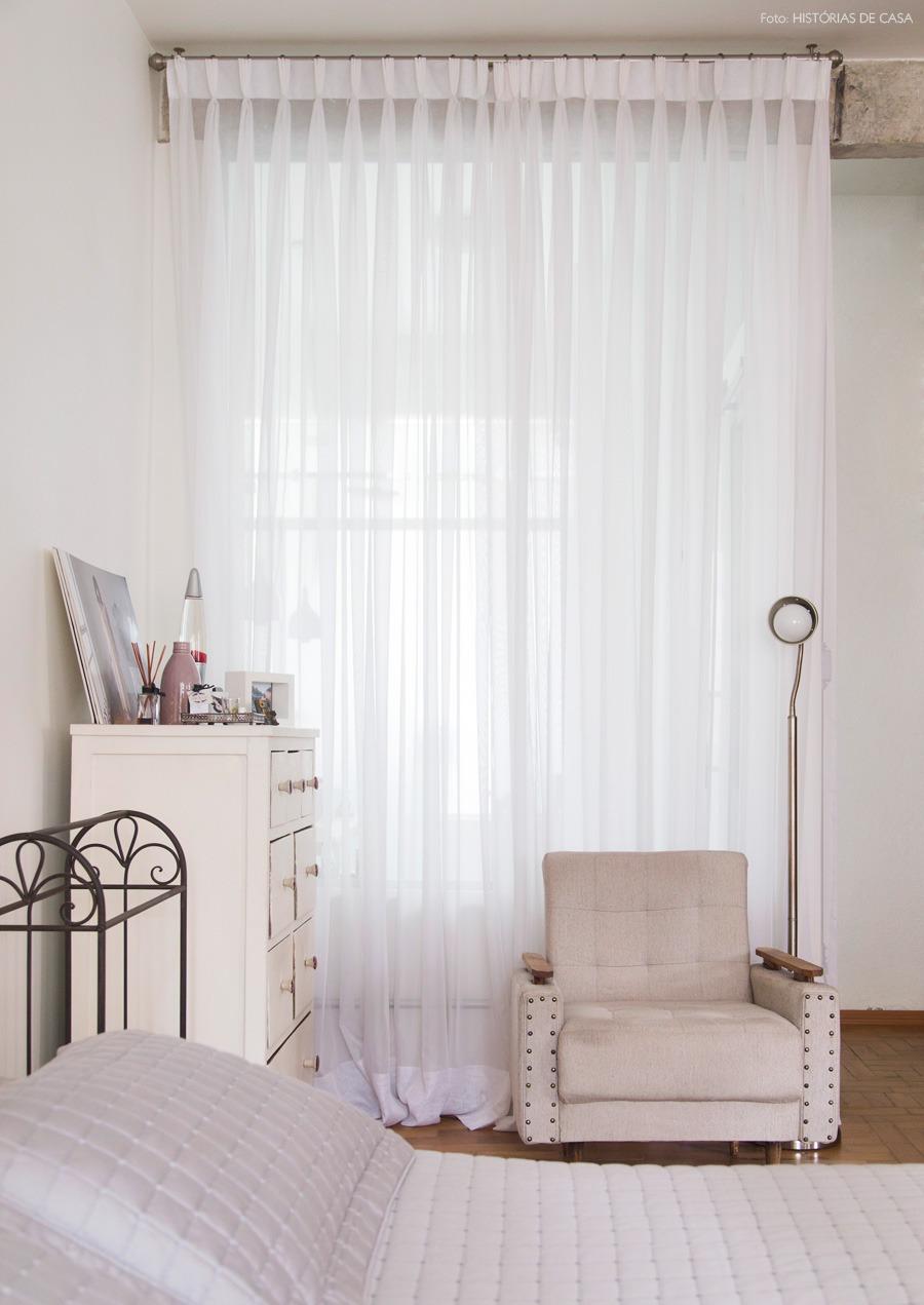 34-decoracao-quarto-banheiro-cortina-parede-vidro