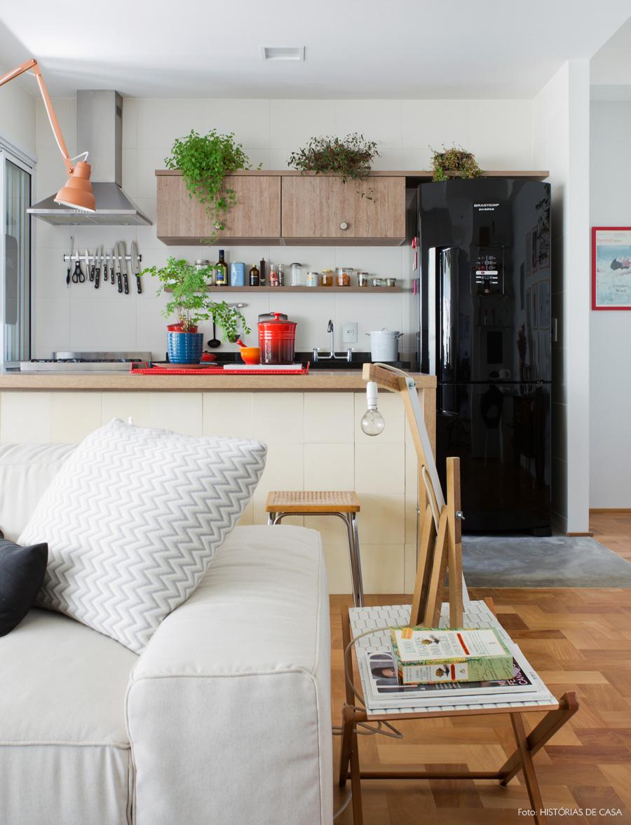 20-decoracao-cozinha-aberta-marcenaria-geladeira-preta