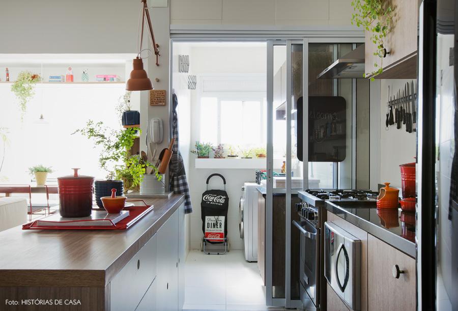 21-decoracao-cozinha-corredor-area-servico-cimento-queimado