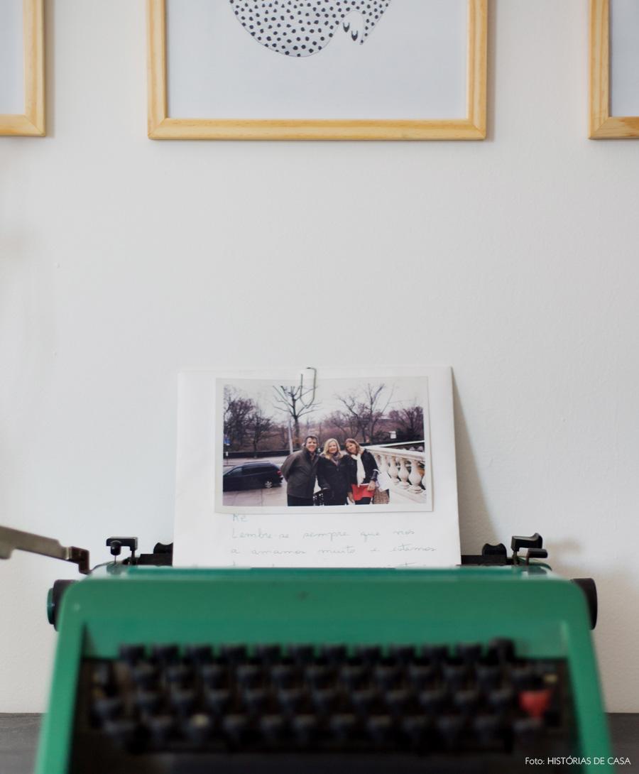 37-decoracao-escrivaninha-maquina-de-escrever-vintage-verde