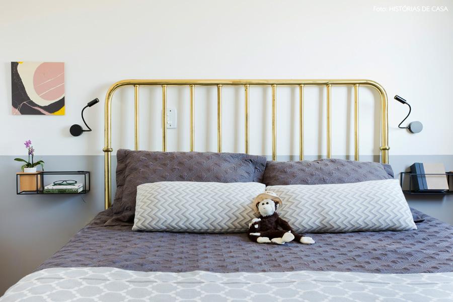 38-decoracao-quarto-pequeno-cabeceira-ferro-dourada