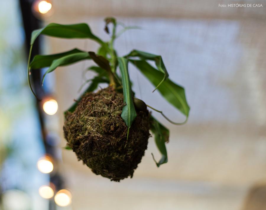 30-decoracao-terraco-vasos-plantas-kokedama