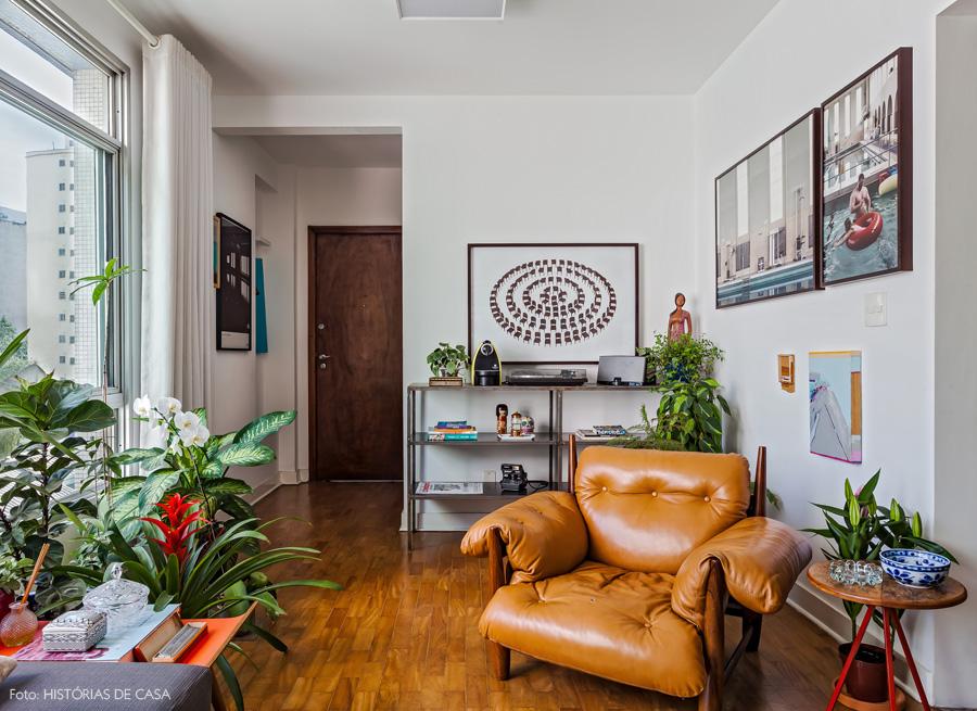 02-decoracao-apartamento-poltrona-mole-original-plantas-folhagens