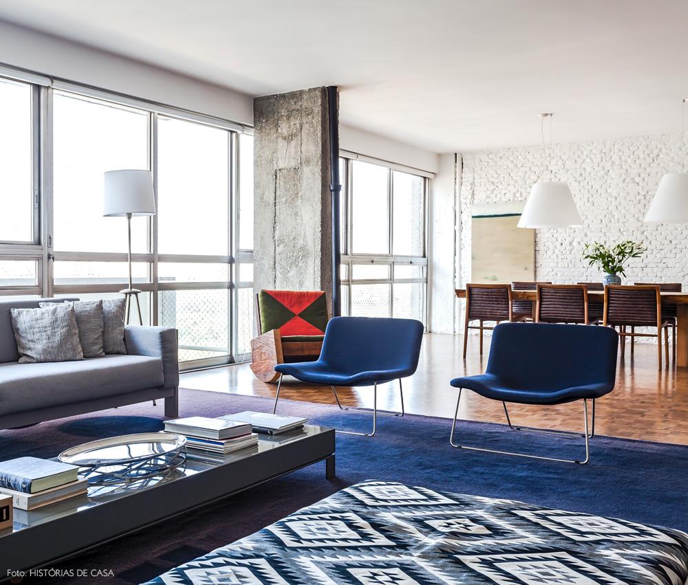 13-decoracao-sala-estar-apartamento-mesa-centro-laca-cinza