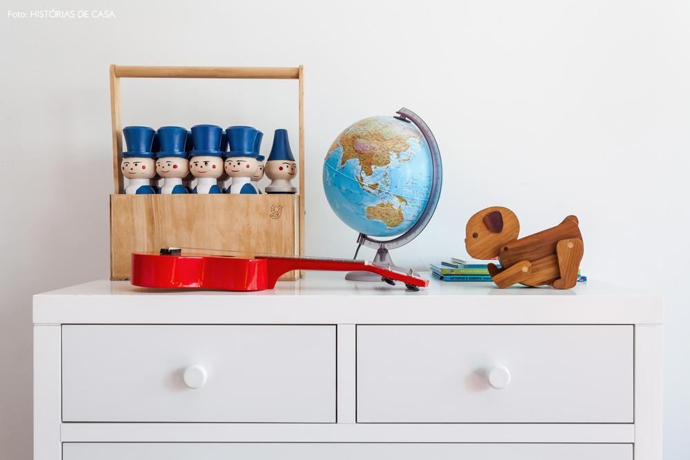 28-decoracao-quarto-crianca-comoda-brinquedos-madeira