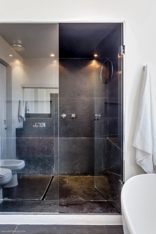 37-decoracao-banheiro-revestimentos-cinza-boxe-vidro