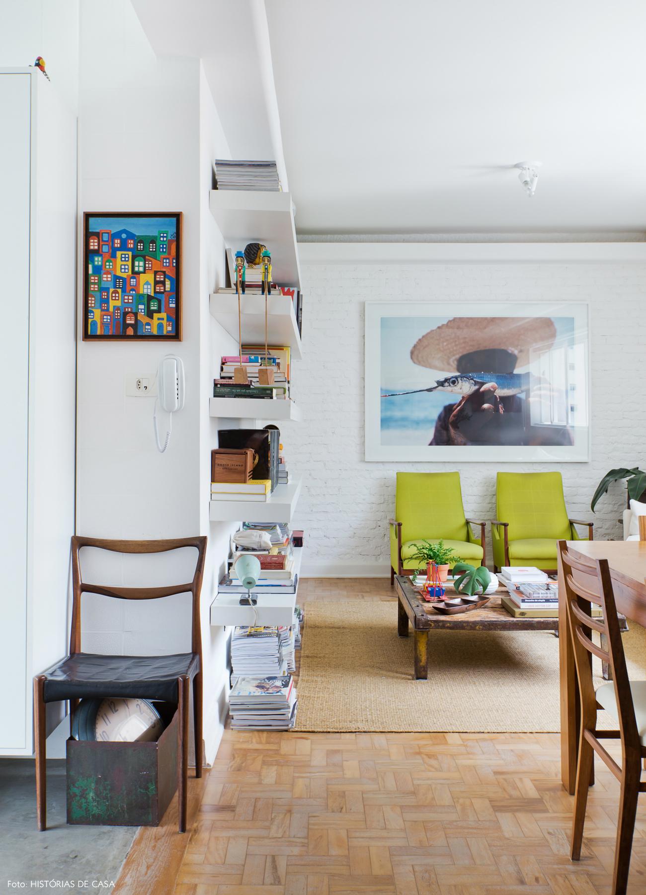 04-decoracao-sala-tijolinho-branco-moveis-rusticos-madeira