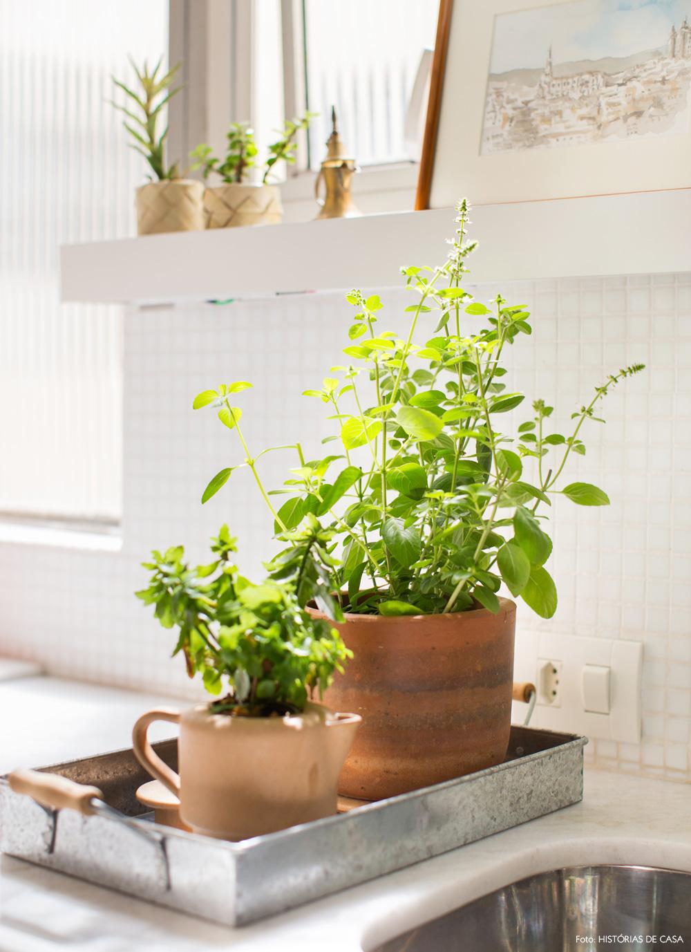 21-decoracao-cozinha-temperos-horta-caseira-barro