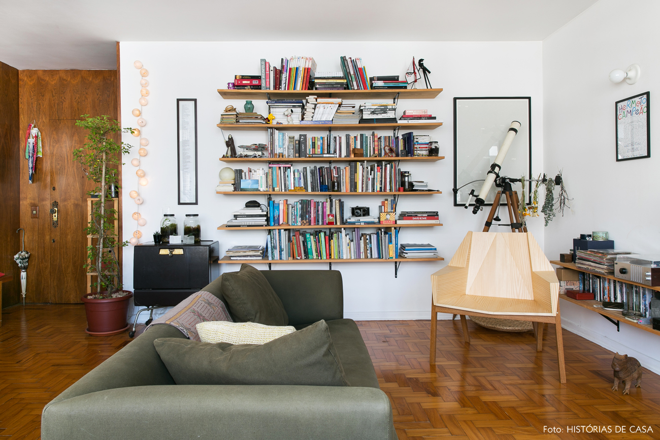01-decoracao-apartamento-alugado-ideias-prateleiras-mao-francesa
