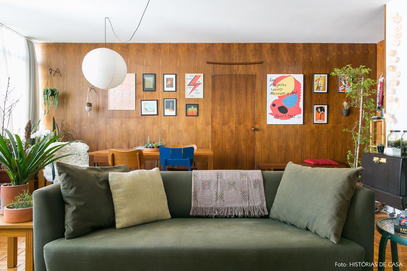 12-decoracao-apartamento-antigo-repaginado-painel-madeira-vintage