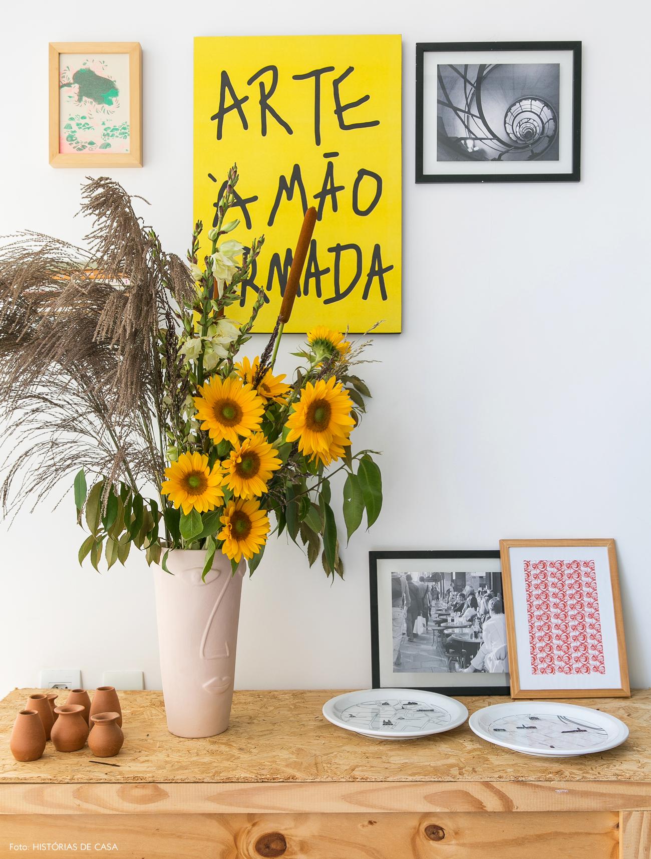 15-decoracao-apartamento-movel-compensado-aglomerado-quadros