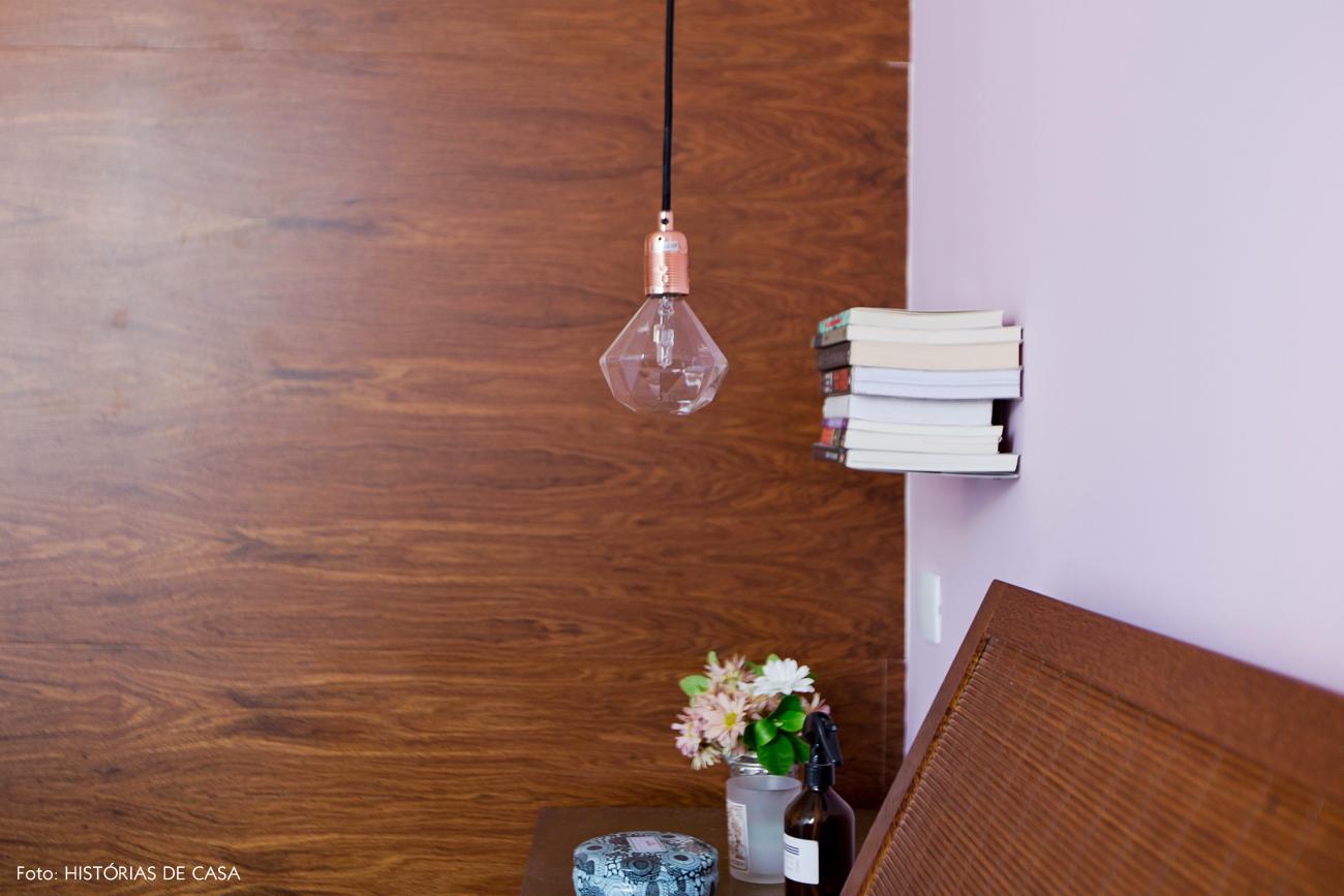 40-decoracao-quarto-casal-parede-rosa-cama-madeira-cobre