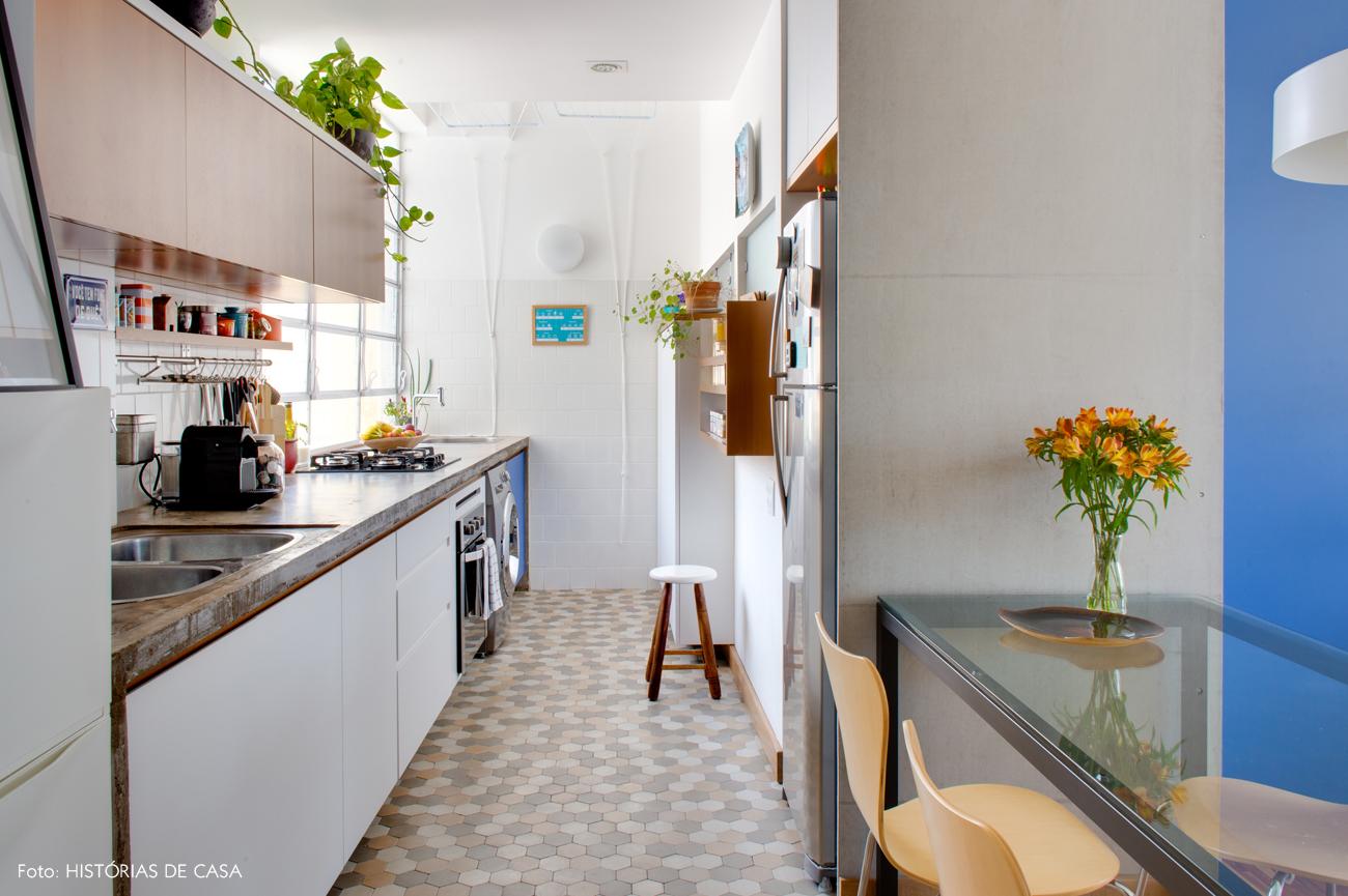 17-decoracao-apartamento-pequeno-cozinha-integrada-com-area-servico