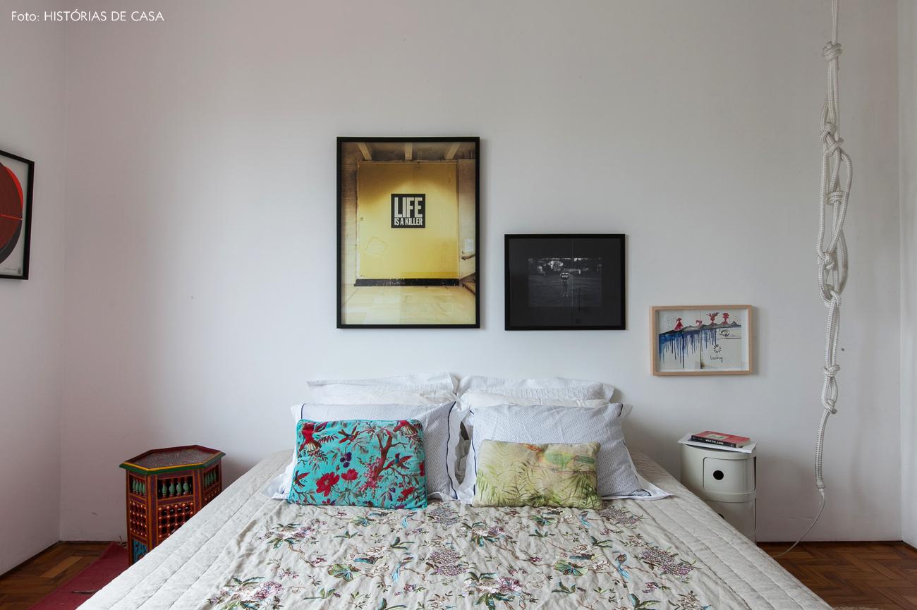 31-decoracao-apartamento-quarto-parede-quadros-branco