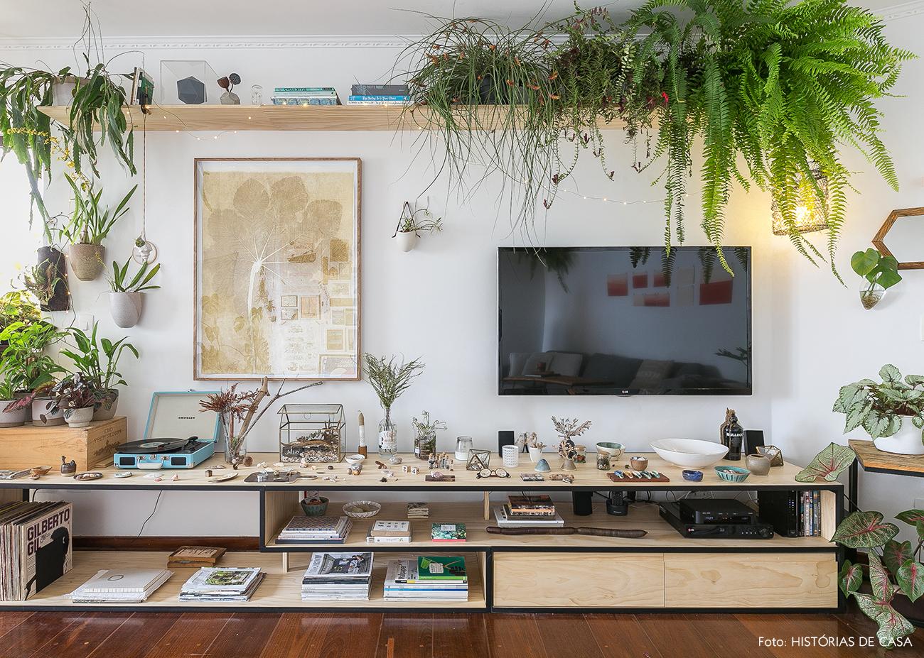 Verde por todos os lados apartamento com plantas for Estantes para plantas exteriores