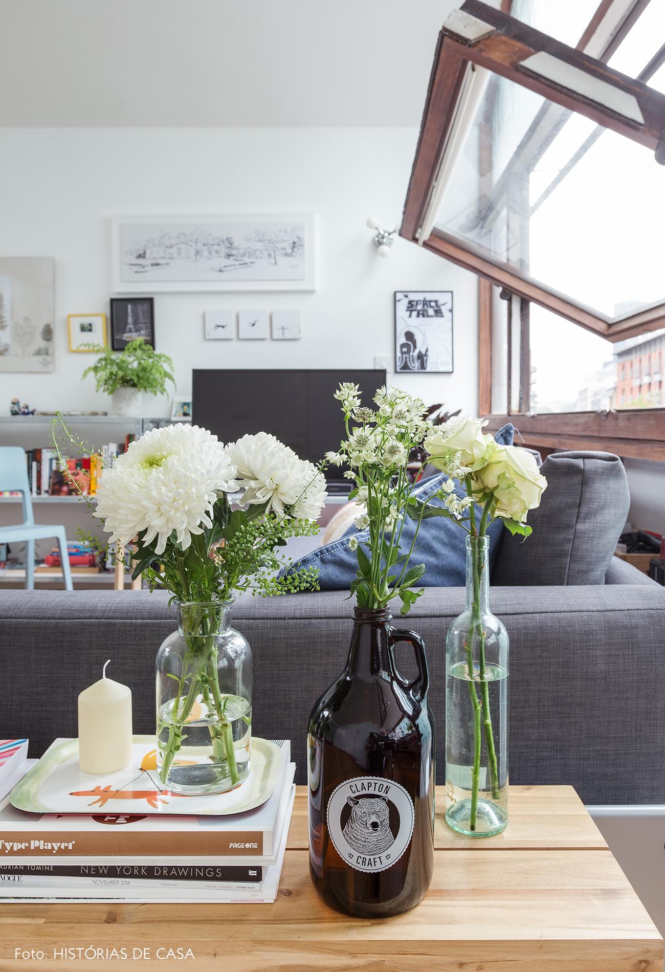 12-decoracao-apartamento-pequeno-detalhes-garrafas-como-vasos