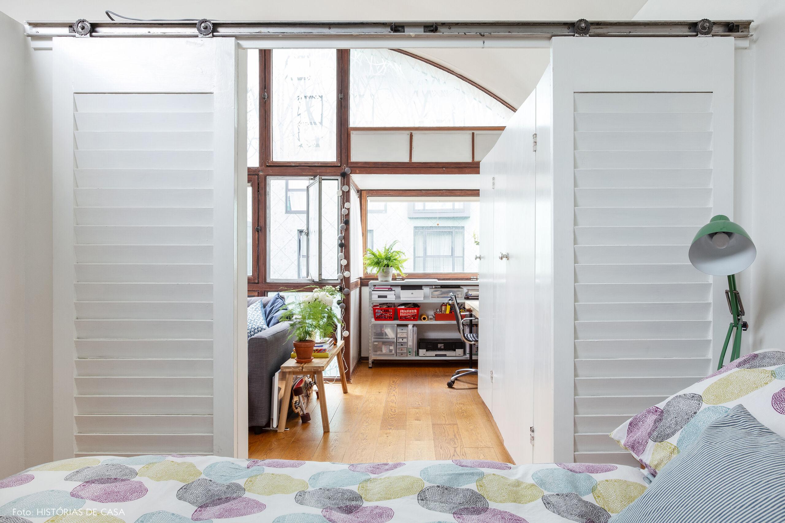 22-decoracao-apartamento-quarto-com-portas-de-correr