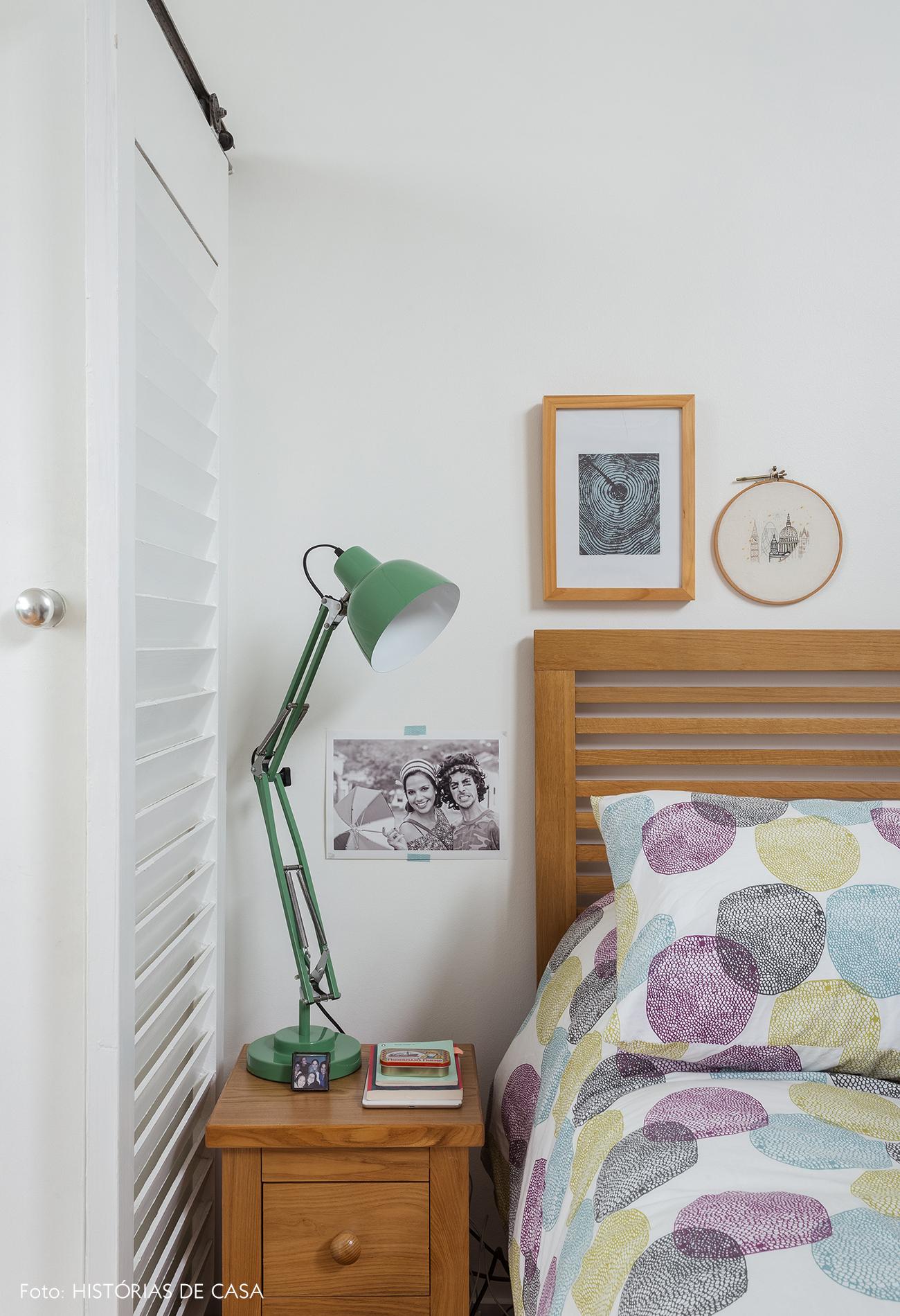 24-decoracao-apartamento-quarto-com-cama-de-madeira