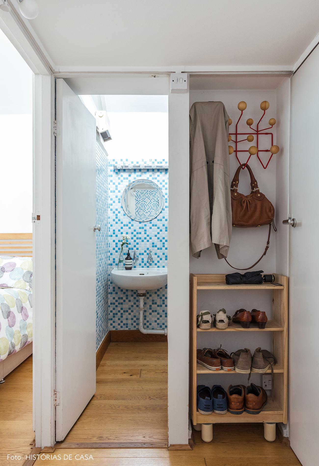 26-decoracao-apartamento-banheiro-com-pastilhas-azuis